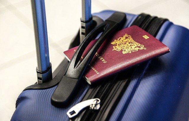 passaporto neonato