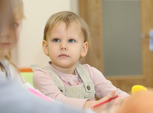 bambino non parla a 2 anni