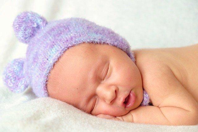 riflesso di moro neonato