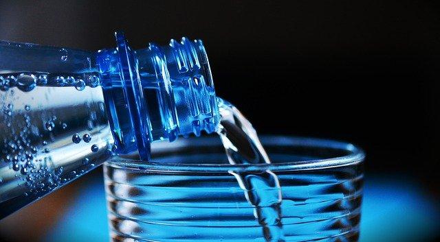 bere acqua in gravidanza